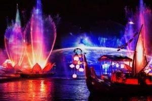 """Eine der zahlreichen Szenen aus """"Rivers of Light"""" (c) Disney"""
