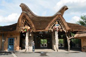 Hinter diesem Tor startet Dein Freizeitpark Plohn Abenteuer © Maik Rimpl/ThemePark Central
