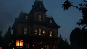 """Phantom Manor"" (c) Disneyland Paris"