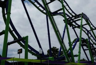 (c) Six Flags Over Texas