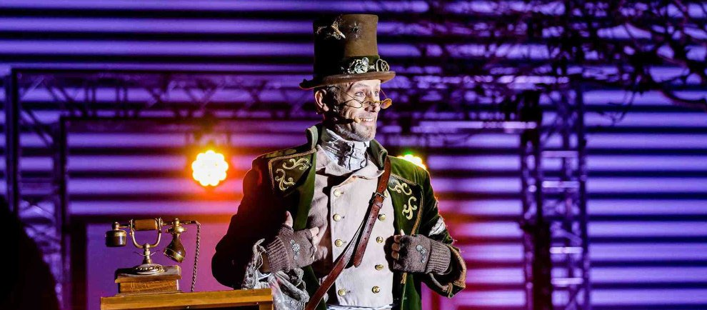 "Patrick Keaton als ""Lord Explorus"" (c) Heide Park Resort"