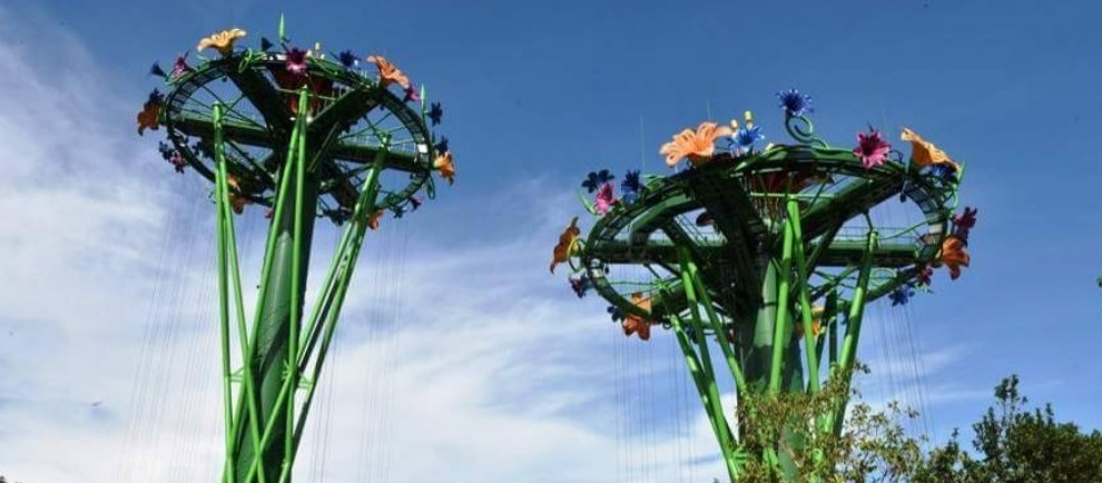 """Rainforest Drop Towers (c) Chimelong Ocean Park"