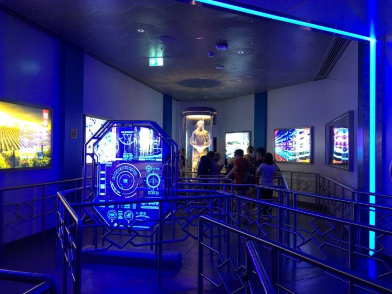 "Wartebereich ""Panem Aerial Tour"" (c) TravellerCzech / ThemePark Central"