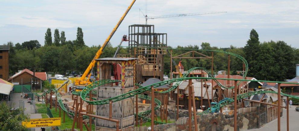 Der aktuelle Baufortschritt der neuen Achterbahn (c) Schloss Dankern