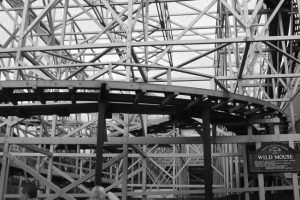 "Nun Geschichte die ""Wild Mouse"" in Blackpool Pleasure Beach (c) tucoaster.com"
