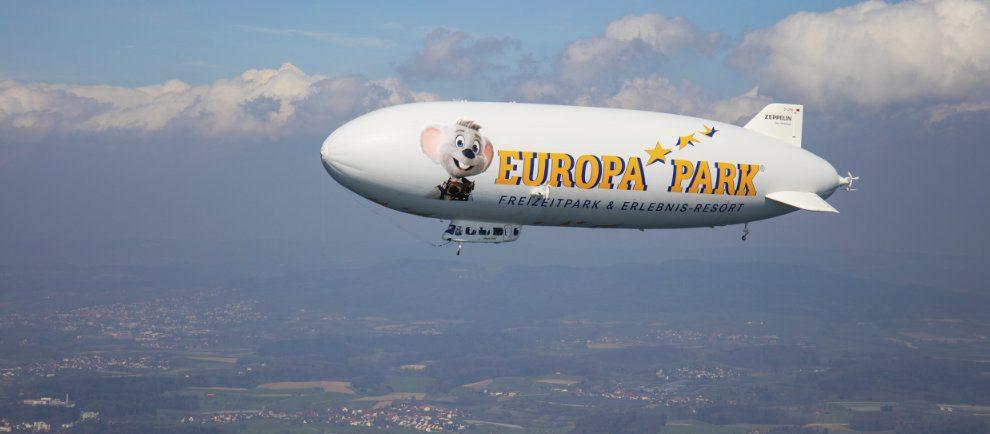 Mit dem Zeppelin zum Europa-Park (c) Europa-Park