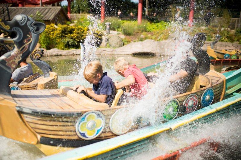 """""""Sturmfahrt der Drachenboote"""" (c) Hansa Park"""