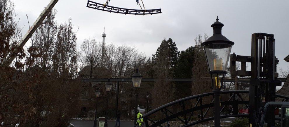 """Im Winter wird die Achterbahn """"Grottenblitz"""" renoviert (c) Heide Park Resort"""