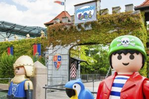 Von hier aus startet das Playmobil Abenteuer (c) Playmobil FunPark