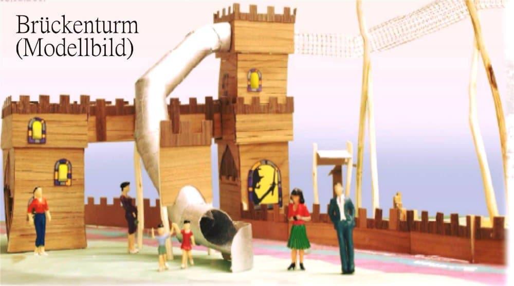 Die ohnehin imposante Burg, wird in diesem Jahr noch erweitert (c) Rasti-Land