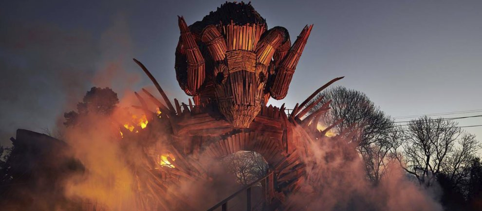 "Ein beeindruckendes Bild! ""Wicker Man"" in Alton Towers (c) Alton Towers Resort"