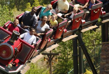 """""""FireChaser Express"""" (c) Dollywood"""