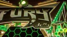 """""""Fury 325"""" sieht auch bei Dunkleheit beeindruckend aus © Carowinds"""