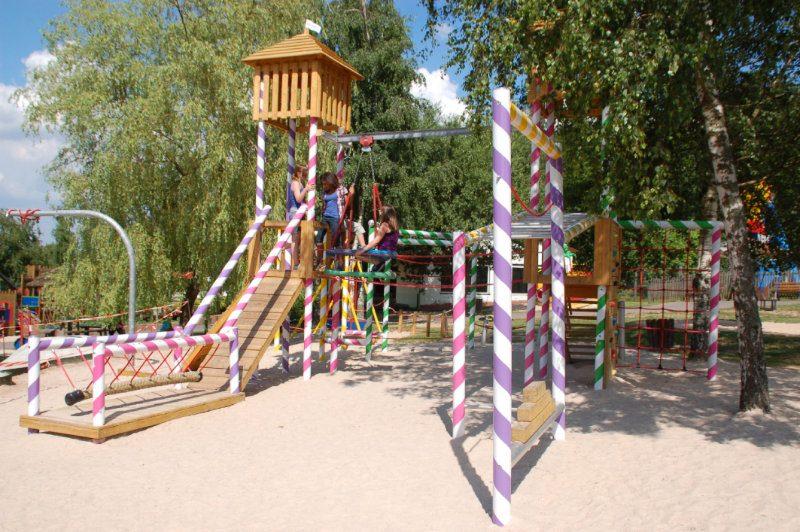 (c) Erlebnispark Steinau
