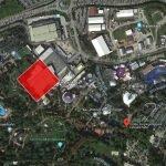 """Der """"Rot"""" gekennzeichnete Bereich, zeigt wie groß die betroffene Fläche im Park ist. (c) Google Maps / ThemePark Central"""