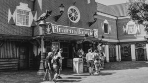 "Der damalige Eingang der ""Piraten in Batavia"" (c) Maik Rimpl / ThemePark Central"