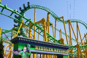 "Der SLC ""Riddlers Revenge"" © Six Flags New England"