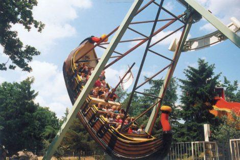 """""""Sindbad Schaukelschiff"""" (c) Tier und Freizeitpark Thüle"""