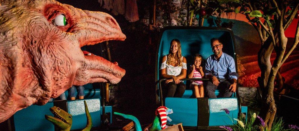 Madame Freudenreich Curiosités - Dinospaß für die ganze Familie © Europa-Park Resort