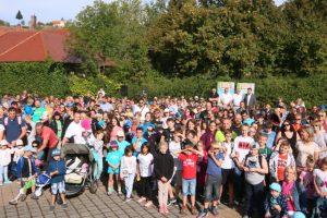 500 Personen aus 80 kinderreichen Familien waren eingeladen, den Erlebnispark Tripsdrill zu besuchen © Erlebnispark Tripsdrill