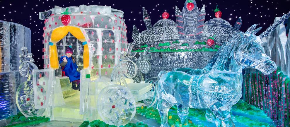 Prinzessinnenträume aus Eis in der 4. Eiswelt Elstal © Karls Erlebnis-Dorf