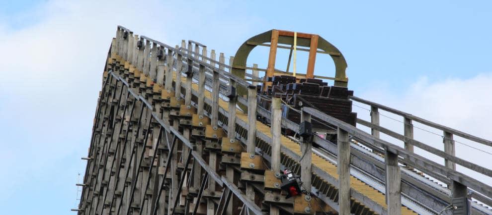 """Zuletzt erfolgt der """"Pullthrough"""" Test von Colossos. © Heide Park Resort"""
