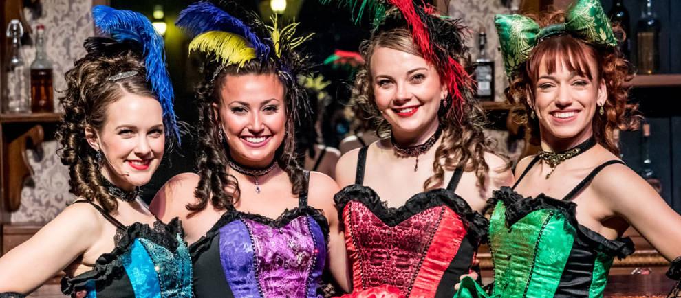 """Diese Damen sind warten im """"Silver Dollar Saloon"""" auf die Gäste © Silver Dollar City"""