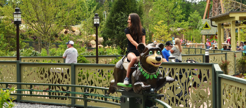 """Black Bear Trail"" von Metallbau Emmeln in Dollywood © Ride Entertainment"