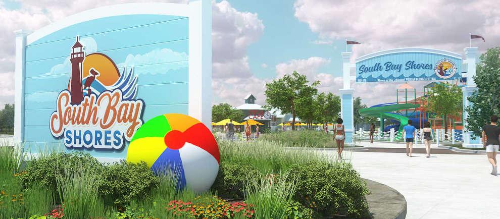 Der neue Eingangsbereich von South Bay Shores, glänzt in einem frischen hellblau und weiß.