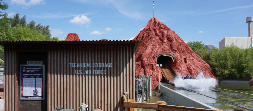 "Nevada mitten in Bottrop! Die ""Area 51 - Top Secret"" im Movie Park Germany © Denise Hippe/ThemePark-Central.de"