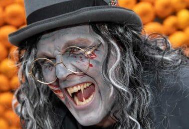 Prof. Ethan van Kyll erwartet die Besucher zu Halloween © Eifelpark