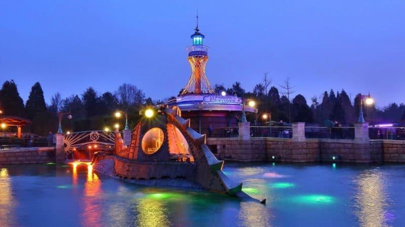 Selbst die Nautilus kann im Park besucht werden © Disneyland Paris