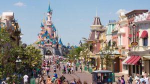 Hier auf der Mainstreet beginnt der zauberhafte Tag in Paris © Disneyland Paris