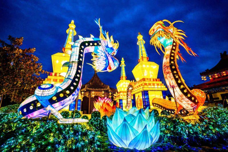 Der chinesische Themenbereich ist die Heimat von leuchtenden Drachen © Phantasialand