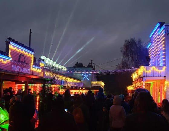 Besonders in der Dunkelheit wirkt das Fort Fun Christmas Land besonders schön. © Fort Fun Abenteuerland
