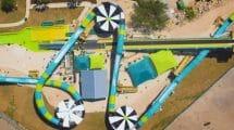 """Großes Rutschvergnügen auf """"Python Plunge"""" © Six Flags White Water Atlanta"""