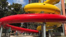 Ein Blick auf die beiden neuen Rutschen im Aquapark Kladno. © Aquarena