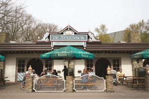 Restaurant De Steenbok wird in Frau Boltes Küche umgewandelt © Efteling