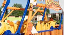 Neuheit 2020: Kakerlakak-Riesen-Schaukel © Ravensburger Spieleland