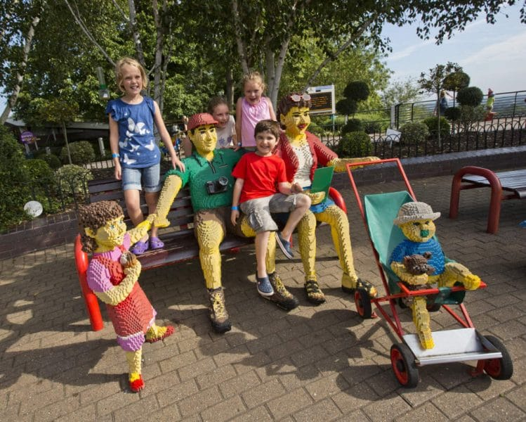 legoland windsor resort familie