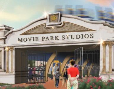 """Ein erhabenes Portal empfängt die Besucher in den """"Movie Park Studios"""" © Movie Park Germany"""