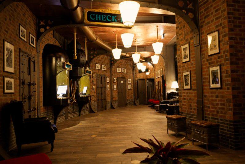 phantasialand hotel charles lindbergh lobby